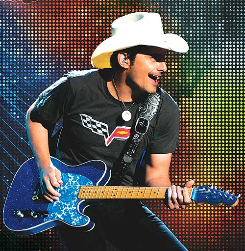 brad-paisley jones beach